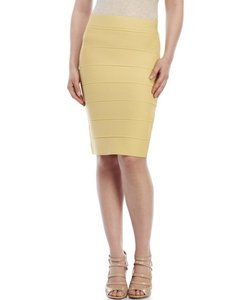 Romeo & Juliet Couture Under 50 Chic Skirt yellow