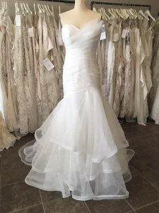 Essense Of Australia D2088 Wedding Dress