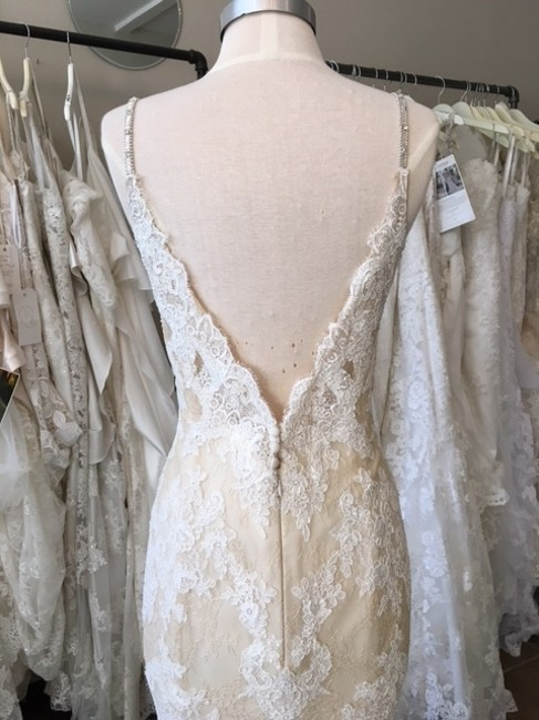 Item - Beige Lace Osera Sexy Wedding Dress Size 8 (M)
