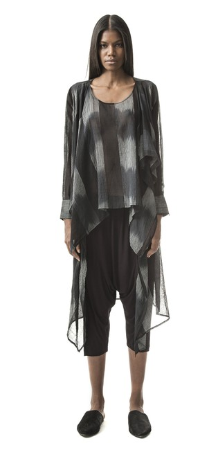 Item - Onyx Off White L Fabulous Layering Piece Dare To Be Different Tunic Size 10 (M)