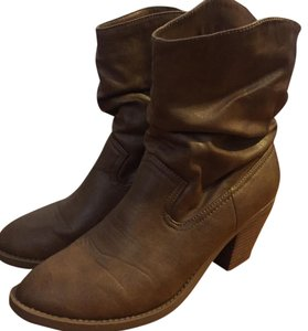 American Eagle Outfitters Brown, tan Boots
