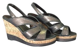 Impo Bronze Wedges
