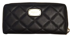 MICHAEL Michael Kors 'Hamilton' Quilted Leather Continental Wallet BLK