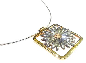 Tiffany & Co. Tiffany & Co Vintage Sterling & 18K Gold Daisy Flower Pendant Necklace