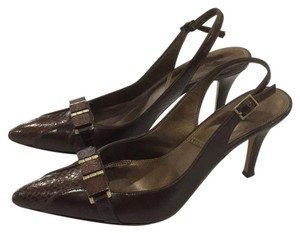 Tahari Brown Pumps