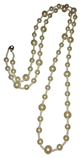 Preload https://img-static.tradesy.com/item/1994656/unknown-pearl-necklace-48-faux-1994656-0-0-540-540.jpg
