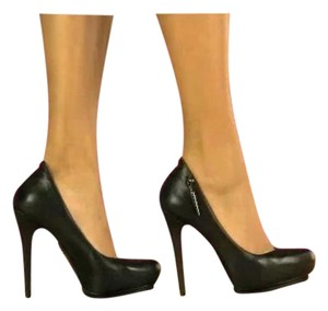 Rock & Republic Black leather Pumps