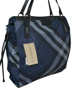 Burberry Purse Tote in Navy Blue