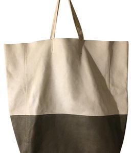 Céline Tote in White& dark green