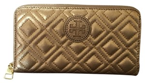 Tory Burch Tory Burch Marion Quilted Zip Around wallet, Gold