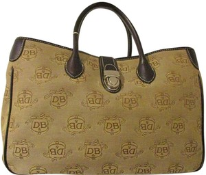 Dooney & Bourke Purse Tote in Brown