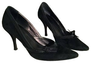 Banana Republic Heels Suede Leather Pointed Toe Black Pumps