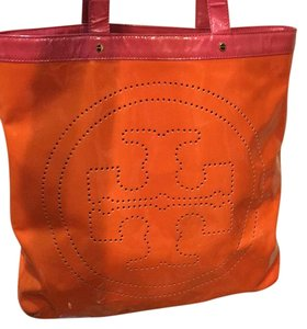 Tory Burch Tote in Orange/Pink