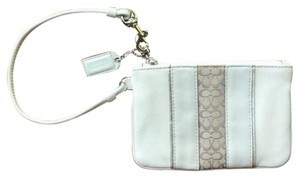Coach Wristlet in Ivory/Champagne/Gold