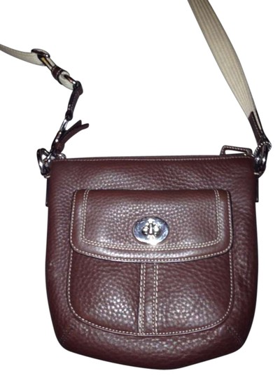Preload https://item1.tradesy.com/images/coach-brown-leather-cross-body-bag-199495-0-0.jpg?width=440&height=440