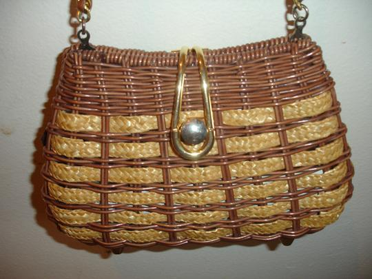 Other Wicker Like New Cross Body Bag Image 1