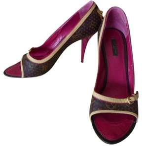 Louis Vuitton BURGUNDY , BROWN, BEIGE Pumps