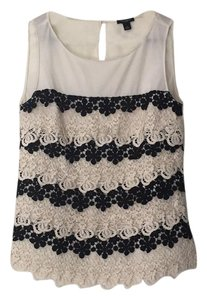 Ann Taylor Top Ivory and Black