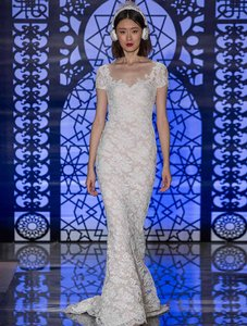 Reem Acra Brigitte 5443 Wedding Dress