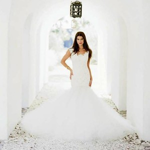Romona Keveza L560 Wedding Dress