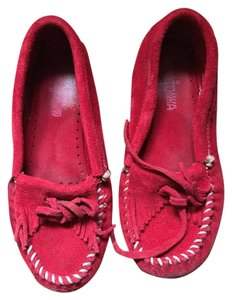 Minnetonka Moccasin Suede Red Flats