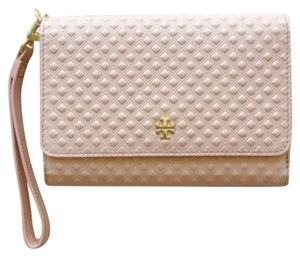 Tory Burch Wristlet in light oak