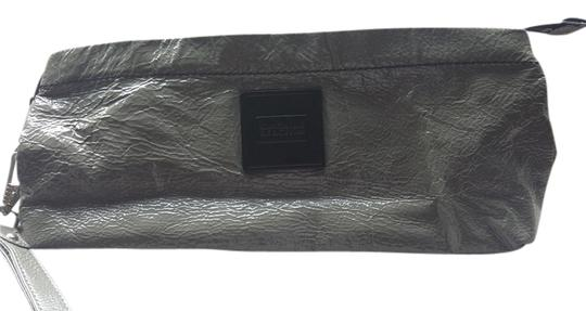 Preload https://item4.tradesy.com/images/kenneth-cole-reaction-gray-patent-leather-clutch-1995348-0-0.jpg?width=440&height=440