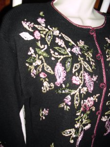 Heirloom Collectibles Cardigan