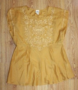 Anthropologie Peasant Embroidered Tiny Top yellow