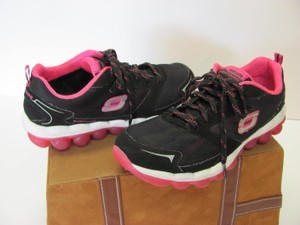Skechers Size 7.50 Leather Very Good Condition Black, Pink, White, Athletic
