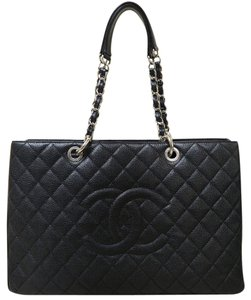 Chanel Xl Caviar Gst Shoulder Bag