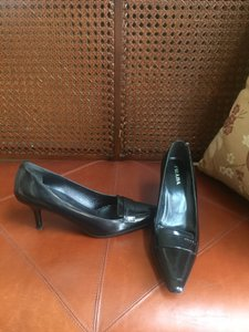 Prada Leater Black Pumps