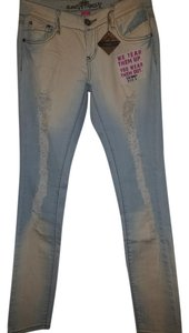 Almost Famous Clothing Stonewash Skinny Jeans-Light Wash