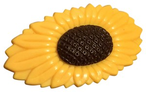 Other Bright Yellow Molded Carved Sunflower Hair Barrette Plastic
