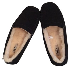 UGG Australia Nwt New With Tags Black Flats