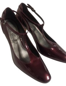 Joan & David Mary Jane Burgundy Pumps