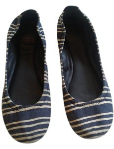 Tory Burch Rounded Toe Navy/Ivory striped Flats