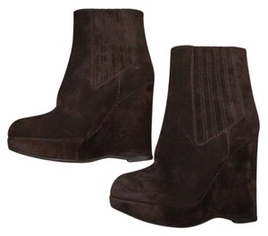 Juicy Couture Wedge Suede Pull On Chocolate Brown Boots