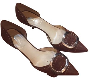 Prada Dorsay Distressed brown Pumps
