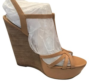 Jessica Simpson Buff Wedges