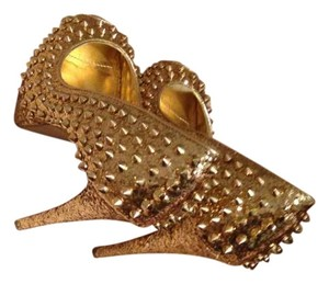 Steve Madden Spike Heels Shiny Gold Pumps