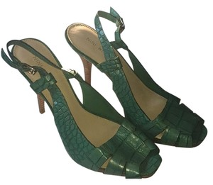 Nine West Caribbean green Pumps