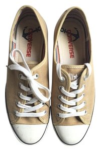 Converse Low Top Size 7 Tan Athletic