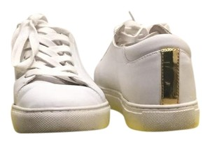 Kenneth Cole Reaction White & Gold Athletic