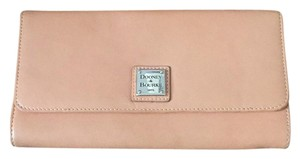 Dooney & Bourke Tan Clutch