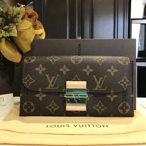 Louis Vuitton Bnwt Louis Vuitton Elysee Wallet Quetsche Monogram