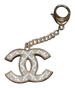 Chanel Chanel Key Chain Fob Ring Silver Quilted