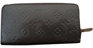 Louis Vuitton LOUIS VUITTON MONOGRAM VERNIS SHINY METALLIC GRAY ZIPPY WALLET