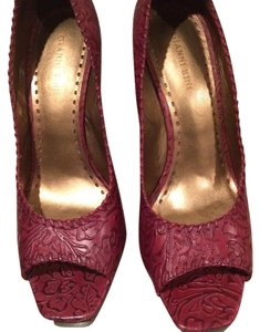 Gianni Bini Plum/Brown Wedges