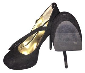 Material Girl Black Pumps